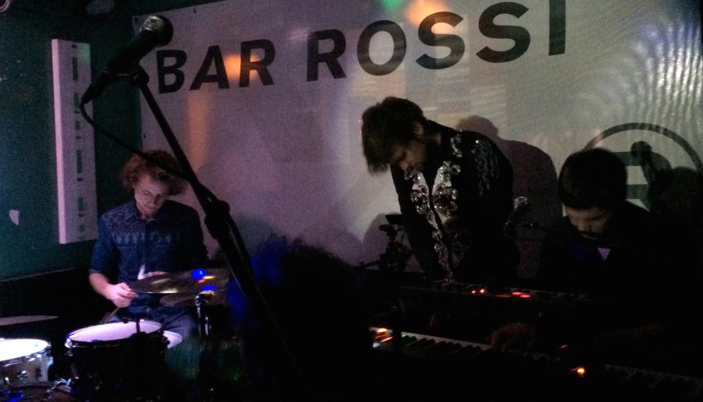 Die Bar Rossi erwies sich als perfekte Location für das Abschlusskonzert der Neckless-Tour 2014