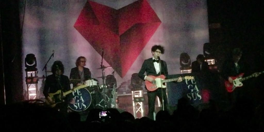 Pegasus beim Abschlusskonzert der «Love & Gunfire»-Tour
