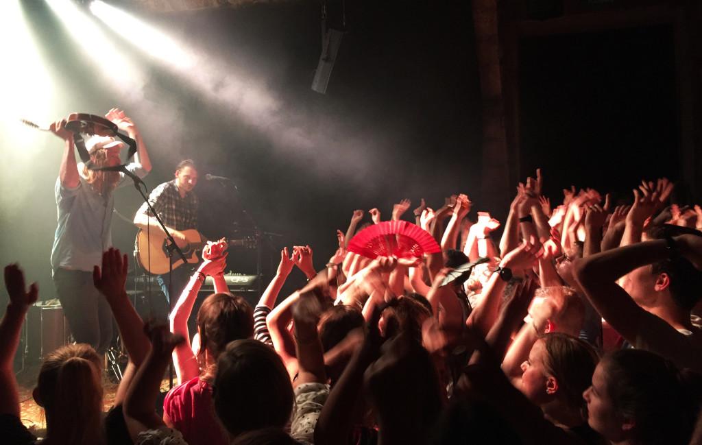 Das Zürcher Publikum machte trotz Hitze während des ganzen Konzertes Stimmung