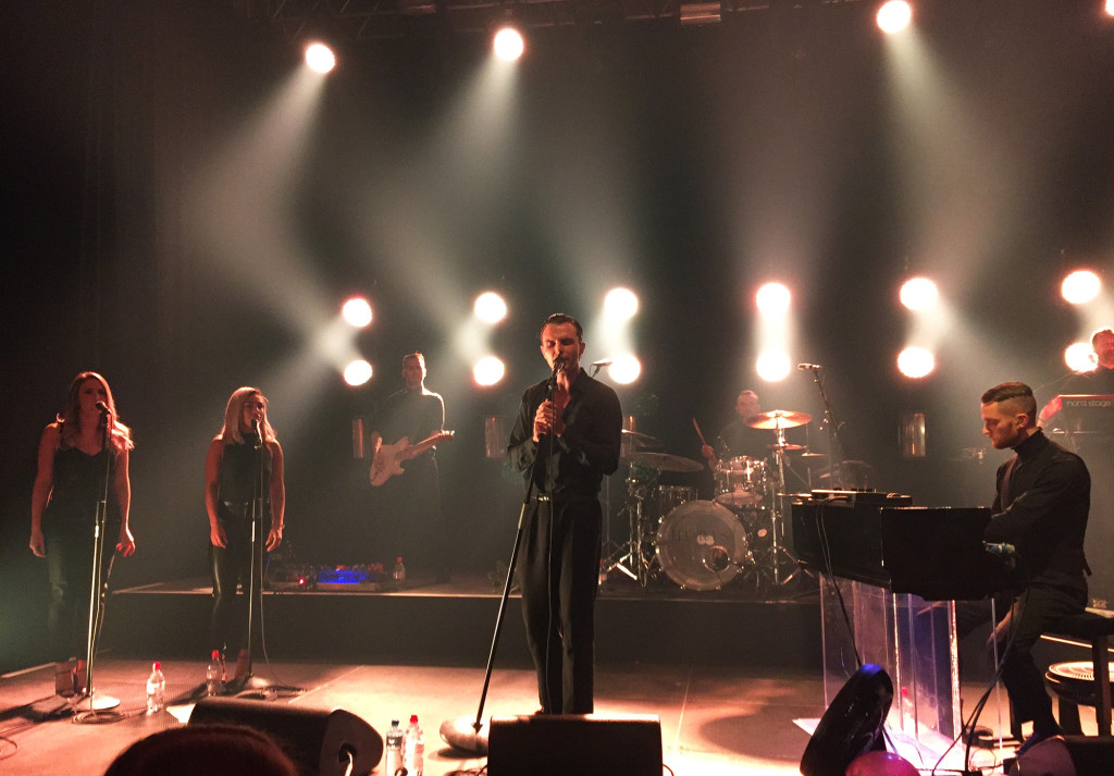Hurts_Showcase_1